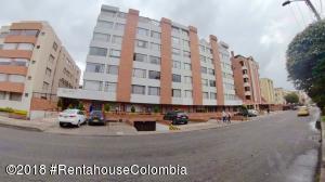 Apartamento En Ventaen Bogota, Nueva Autopista, Colombia, CO RAH: 19-24
