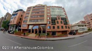 Oficina En Ventaen Bogota, Chico, Colombia, CO RAH: 19-30