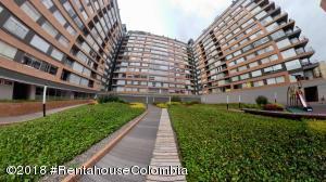 Apartamento En Ventaen Bogota, Cedritos, Colombia, CO RAH: 19-33