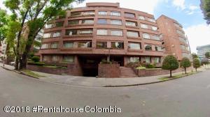 Apartamento En Ventaen Bogota, Chico Norte, Colombia, CO RAH: 19-43