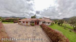 Casa En Ventaen La Calera, Vereda San Jose, Colombia, CO RAH: 19-48