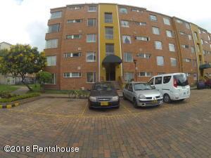Apartamento En Ventaen Bogota, Pinar De Suba, Colombia, CO RAH: 19-54