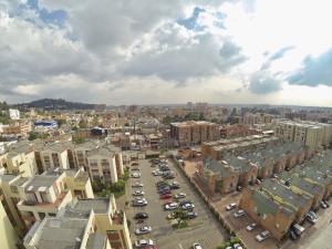 Apartamento En Ventaen Bogota, La Campina Suba, Colombia, CO RAH: 19-55