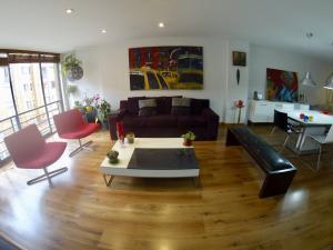 Apartamento En Ventaen Bogota, Rincón Del Chicó, Colombia, CO RAH: 19-62