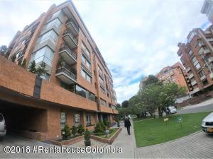 Apartamento En Arriendoen Bogota, La Carolina, Colombia, CO RAH: 19-78