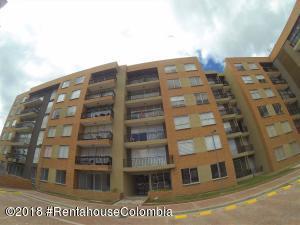 Apartamento En Ventaen Chia, Sabana Centro, Colombia, CO RAH: 19-86