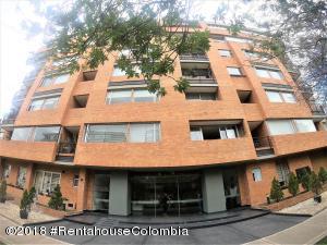 Apartamento En Ventaen Bogota, La Carolina, Colombia, CO RAH: 19-87