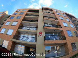 Apartamento En Ventaen Chia, Sabana Centro, Colombia, CO RAH: 19-88