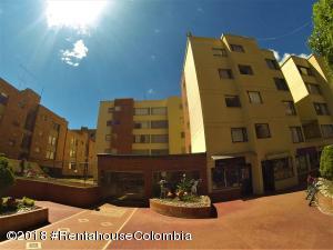 Apartamento En Arriendoen Bogota, Bella Suiza, Colombia, CO RAH: 19-97