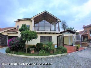 Casa En Ventaen Cajica, Vereda Canelon, Colombia, CO RAH: 19-94