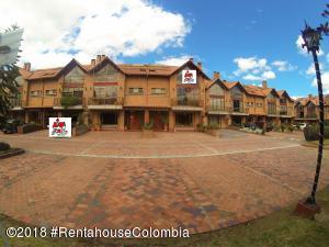 Casa En Ventaen Chia, Sabana Centro, Colombia, CO RAH: 19-96