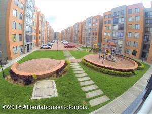 Apartamento En Ventaen Bogota, Castilla, Colombia, CO RAH: 19-115