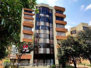 Apartamento En Arriendoen Bogota, Belmira, Colombia, CO RAH: 19-119