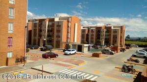 Apartamento En Ventaen Funza, Centro Funza, Colombia, CO RAH: 19-127