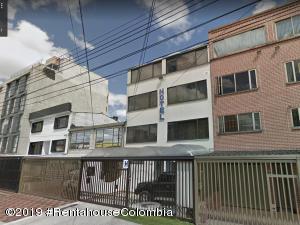 Edificio En Ventaen Bogota, Teusaquillo, Colombia, CO RAH: 19-133