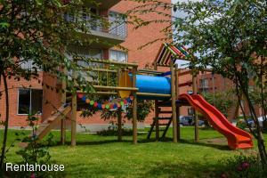 Apartamento En Ventaen Madrid, Zaragoza, Colombia, CO RAH: 19-149