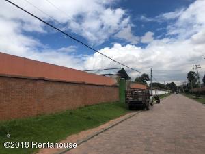 Terreno En Ventaen Bogota, San Jose De Bavaria, Colombia, CO RAH: 19-162