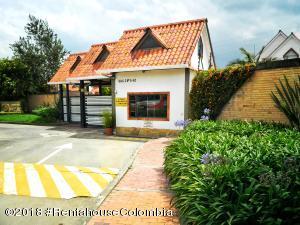 Casa En Ventaen Mosquera, Quintas Del Marquez, Colombia, CO RAH: 19-167