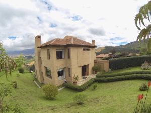 Casa En Ventaen Chia, Encenillos De Sindamanoy, Colombia, CO RAH: 19-173