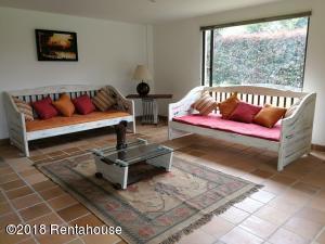 Apartamento En Arriendoen Sopo, Aposentos, Colombia, CO RAH: 19-245