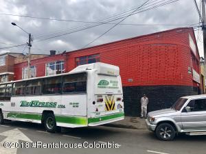Local Comercial En Ventaen Bogota, La Estanzuela, Colombia, CO RAH: 19-250