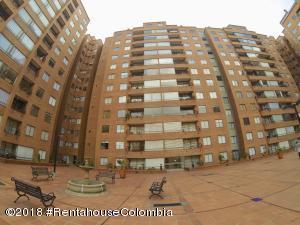 Apartamento En Ventaen Bogota, Lagos De Córdoba, Colombia, CO RAH: 19-269