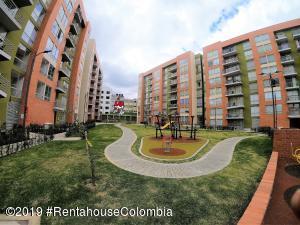 Apartamento En Arriendoen Zipaquira, Julio Caro, Colombia, CO RAH: 19-282
