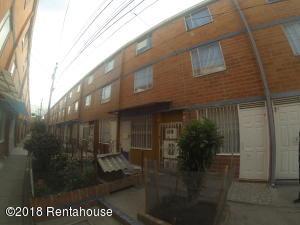Casa En Ventaen Bogota, Bosa, Colombia, CO RAH: 19-285