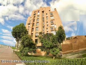 Apartamento En Ventaen Bogota, Chico, Colombia, CO RAH: 19-288