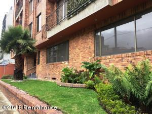 Apartamento En Ventaen Bogota, Santa Bárbara, Colombia, CO RAH: 19-305