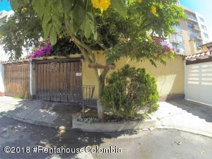 Casa En Ventaen Bogota, Villa Del Prado, Colombia, CO RAH: 19-308