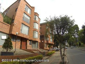 Apartamento En Ventaen Bogota, Santa Bibiana Usaquen, Colombia, CO RAH: 19-320