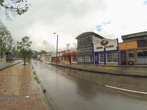 Local Comercial En Ventaen Bogota, Puente Aranda, Colombia, CO RAH: 19-321