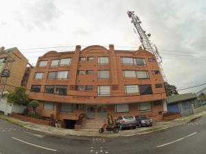 Apartamento En Ventaen Bogota, Batan, Colombia, CO RAH: 19-327
