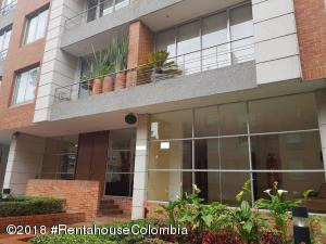 Apartamento En Ventaen Bogota, Chico Norte, Colombia, CO RAH: 19-342