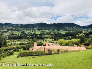 Casa En Ventaen Tabio, Vereda Rio Frio, Colombia, CO RAH: 19-404