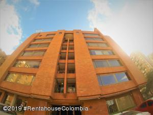 Apartamento En Ventaen Bogota, La Calleja, Colombia, CO RAH: 19-405