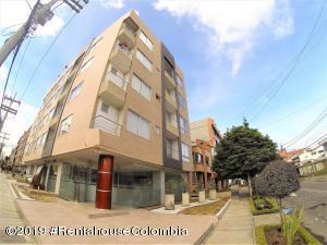 Apartamento En Ventaen Bogota, Nueva Autopista, Colombia, CO RAH: 19-403
