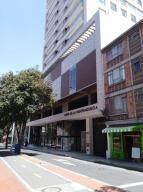 Apartamento En Ventaen Bogota, Las Nieves, Colombia, CO RAH: 19-425