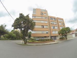 Apartamento En Ventaen Bogota, El Contador, Colombia, CO RAH: 19-439