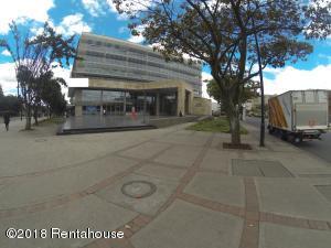 Local Comercial En Arriendoen Bogota, Zona Franca, Colombia, CO RAH: 19-447