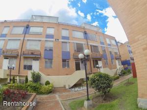 Casa En Ventaen Bogota, Castilla, Colombia, CO RAH: 19-516