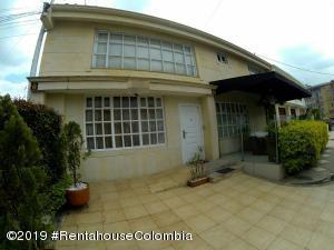 Casa En Arriendoen Bogota, Alhambra, Colombia, CO RAH: 19-362
