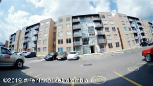 Apartamento En Arriendoen Zipaquira, Vereda Zipaquira, Colombia, CO RAH: 19-532
