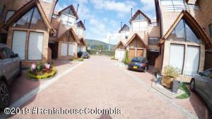 Casa En Ventaen Chia, Vereda Tiquiza, Colombia, CO RAH: 19-533