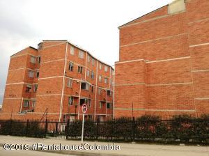 Apartamento En Ventaen Bogota, Candelaria La Nueva, Colombia, CO RAH: 19-564
