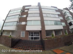 Apartamento En Ventaen Bogota, Santa Paula, Colombia, CO RAH: 19-574