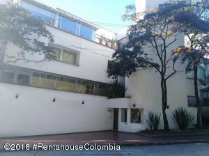 Apartamento En Ventaen Bogota, Altos Del Chico, Colombia, CO RAH: 19-581