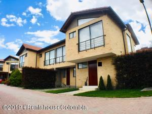 Casa En Arriendoen Cajica, Vereda Calahorra, Colombia, CO RAH: 19-585