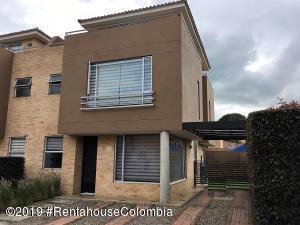 Casa En Ventaen Chia, La Balsa, Colombia, CO RAH: 19-583